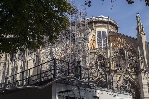 Le chantier de Notre-Dame fin juillet, trois mois après l'incendie.