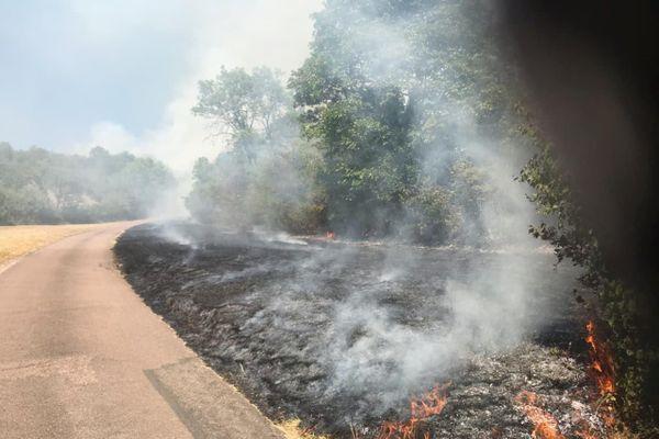 Le feu s'est déclenché sur les hauteurs de Velars-sur-Ouche
