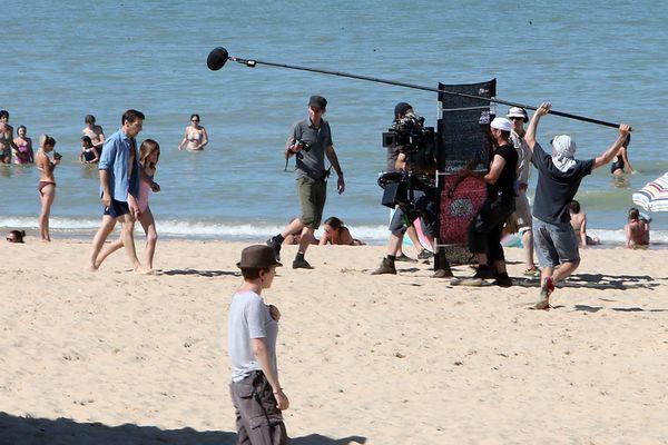 """Le tournage de """"Happy End"""" de Michael Haneke en août dernier à Blériot-Plage, près de Calais."""