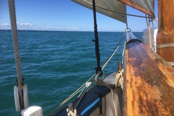 Naviguer sur La Granvillaise est pour beaucoup l'occasion de se vider la tête et de s'évader en mer après le confinement.