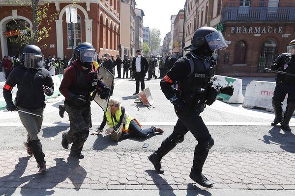 Samedi 13 avril à Toulouse, lors du 22e samedi de mobilisation des gilets jaunes