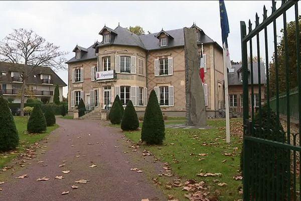 L'actuel Espace Coquatrix abriterait le futur Musée Proust Belle Epoque de Cabourg