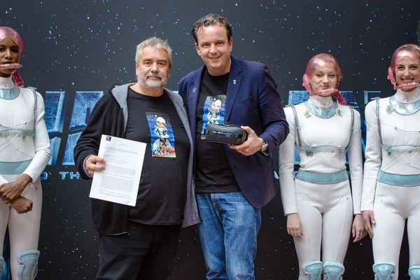 """Le réalisateur Luc Besson s'est associé à Europa-Park pour la future attraction """"Eurosat Coastiality"""" qui proposera une expérience en réalité virtuelle."""
