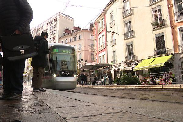 Le SMMAG a mis en ligne une plateforme estimant la fréquentation aux arrêts heure par heure.