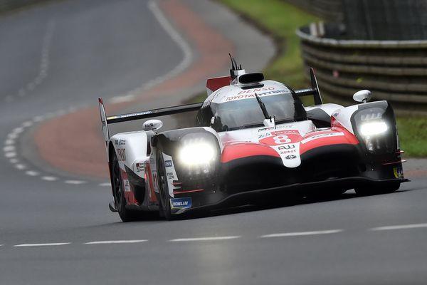 La Toyota n°8 pilotée notamment par l'Espagnol Fernando Alonso a les faveurs des pronostics pour remporter la 86e édition des 24 Heures du Mans.