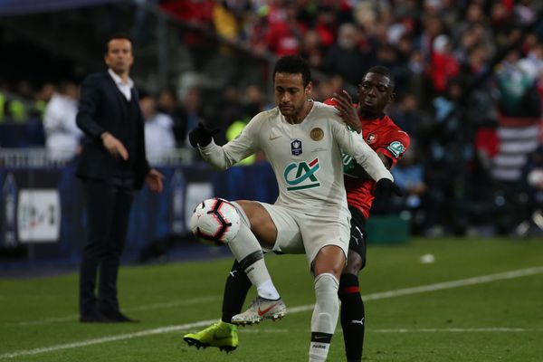 Neymar et le PSG face au Stade Rennais en finale de la Coupe de France, le 27 avril 2019 au Stade de France.