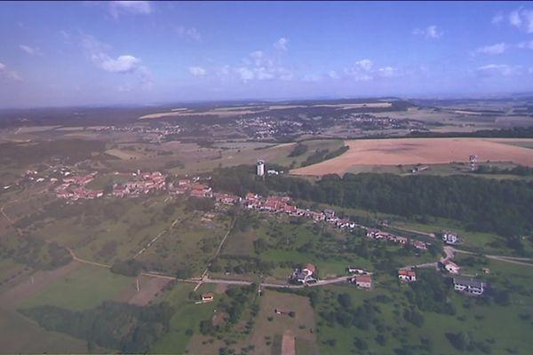 Amance, une commune verte, sur les hauteurs de Nancy.