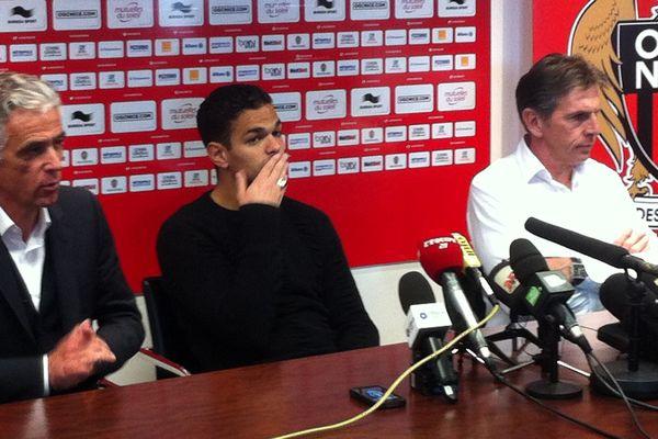 Hatem Ben Arfa est apparu très affecté au cours de la conférence de presse où il annoncé son départ de l'OGC Nice.