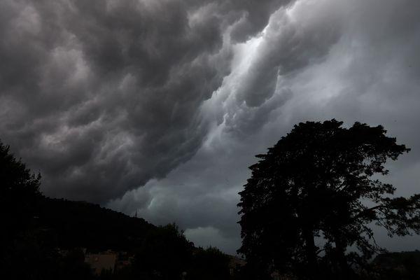 Des vents très forts pour la saison ont été enregistrés à Bourg-Saint-Maurice (Savoie) mardi. Photo d'illustration.