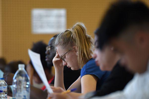 Depuis la réforme du bac, les lycéens sont confrontés à davantage d'épreuves de contrôle continu