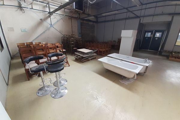 L'association collecte déjà du mobilier et des objets de la maison qu'il rénove et valorise sur son site internet.