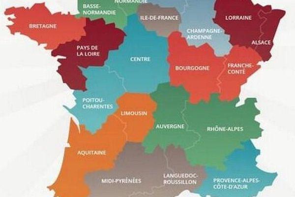 Le premier projet proposé de rattacher le Limousin avec le Centre et le Poitou-Charentes pour former une grande région
