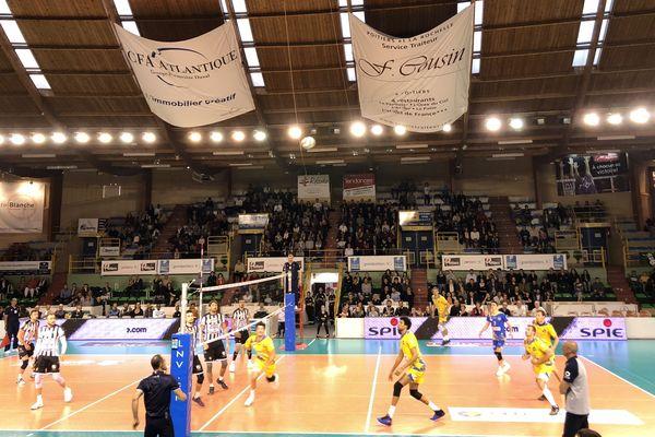 Le SPVB face à Nice lors du dernier match de saison régulière