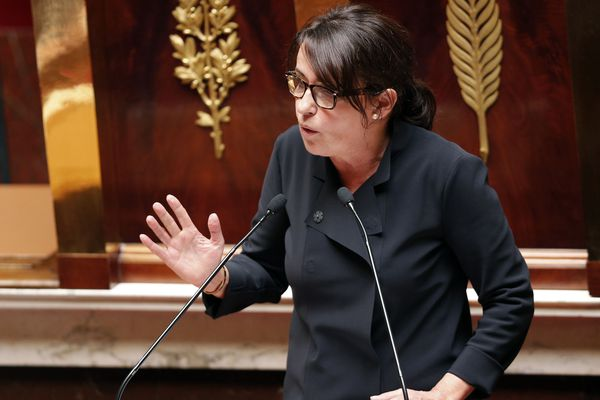 Le domicile de l'ex-députée de la Haute-Savoie Sophie Dion a été perquisitionné dans le cadre de l'enquête sur l'attribution du Mondial 2022 au Qatar.