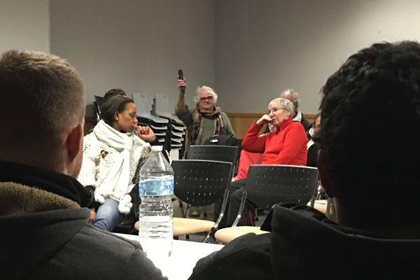 Les Castelthéodoriciens ont pris l'initiative d'organiser des débats publics bien avant le lancement, en janvier, du grand débat national par le président de la République.