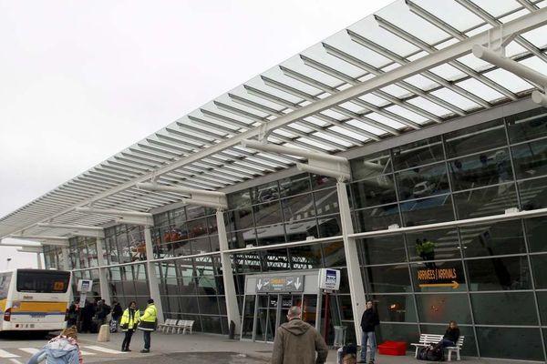 aeroport Grenoble Alpes Isère
