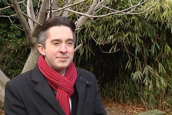 Dimanche en politique avec Tony Bernard, une émission présentée par Marie Morin.