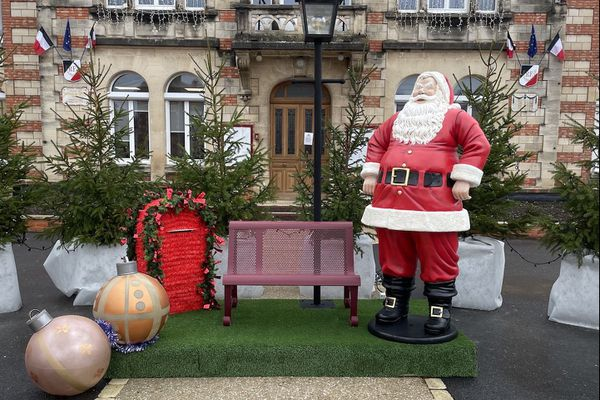 Le père Noël de la mairie de Pargny-sur-Saulx a disparu.