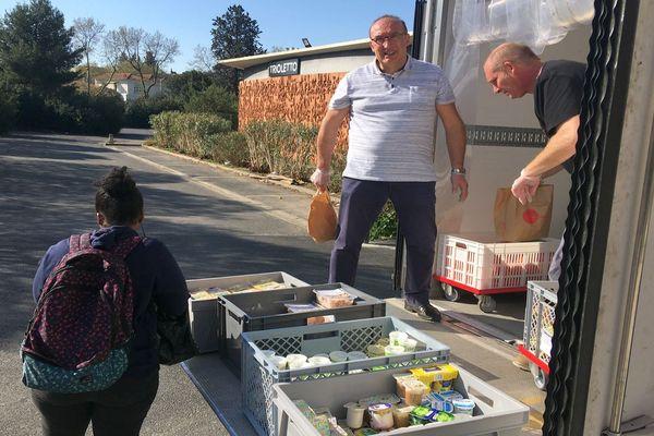 Montpellier - distribution de denrées alimentaires du CROUS - 19 mars 2020.
