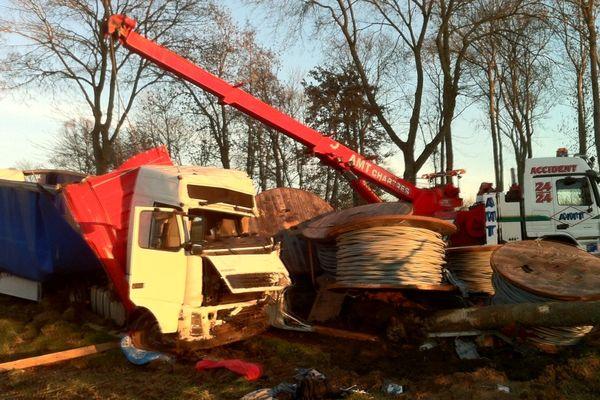 Accident mortel sur la D910 près de Thivars