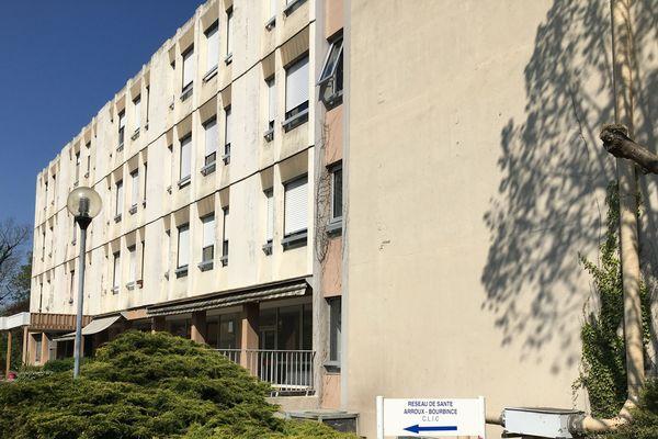Les services de soins de suite et de réadaptation (SSR) du Centre Hospitalier de Montceau-les-Mines ont vu 40% de leurs patients touchés par le Covid-19.