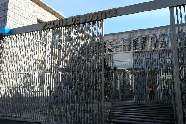 Le tribunal de Lorient