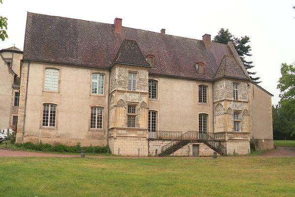 L'hôtel de ville de Cluny.