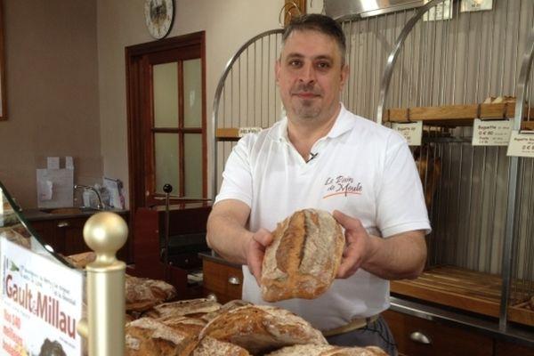 Richard Jouannet figure parmi les 140 meilleurs boulangers de France pour une de ses spécialités : le pain de Meule (selon Gault et Millau)