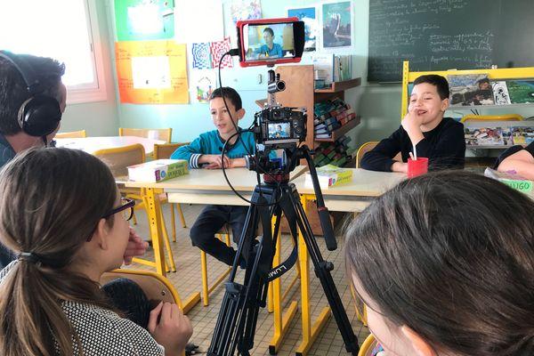TV Loustics en tournage avec les élèves de CM1 de l'école du Grigon de Basse-Goulaine (Loire-Atlantique)