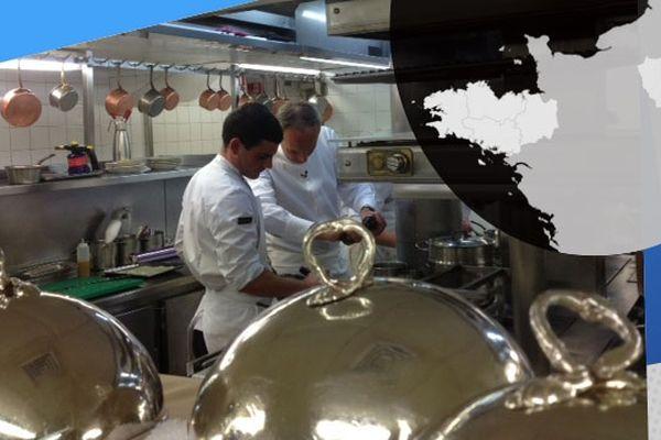 Dans les cuisines du restaurant Le Divellec, établissement implanté dans la capitale depuis 30 ans.