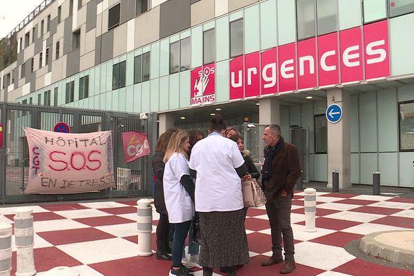 Les syndicats hospitaliers mobilisés pour dénoncer le manque de personnel et le manque de moyens