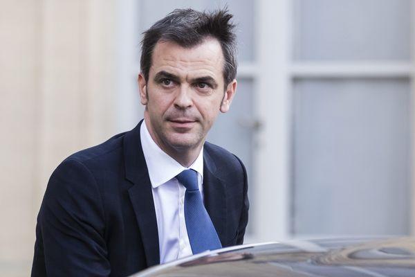 Olivier Véran, Ministre de la santé à l'issue du conseil des ministres exceptionnel consacré au coronavirus.