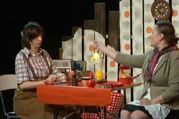 Roméo et Juliette revisité par la Compagnie les Bestioles.