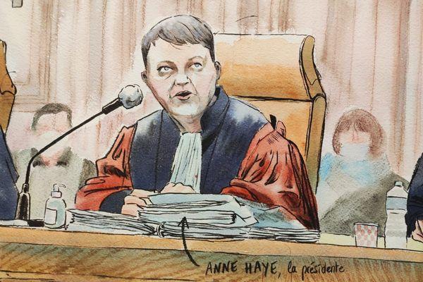 """Anne Haye, présidente de la Cour d'Assises de l'Hérault au procès de l'assassinat de la """"grotte sanglante"""" de Sète"""