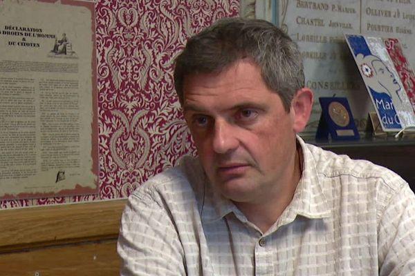 Le maire de Saoû Daniel Gilles, également agriculteur, dont l'arrêté municipal vient d'être suspendu