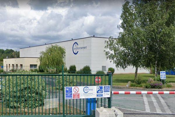 A Hartennes-et-Taux dans l'Aisne, l'entreprise MJ Conditionnement a réorganisé sa production pour fabriquer du gel hydroalcoolique.