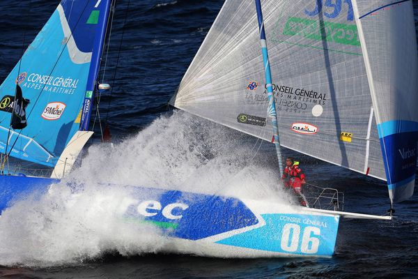 Jean-Pierre Dick avec Vibrac-paprec 3 est en tête du Vendée Globe