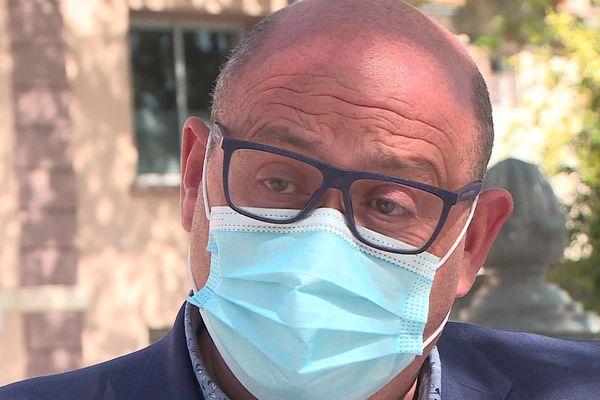 Juan Martinez a déclenché une vague de protestations des élus du Gard et de l'Hérault contre la tenue en juin des élections.
