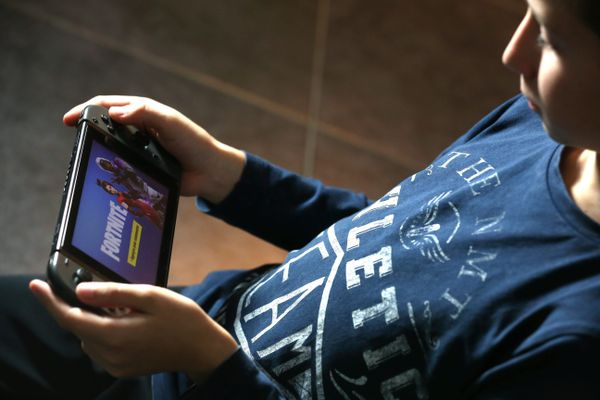 Certains enfants se retrouvent incapables de contrôler leur consommation des écrans