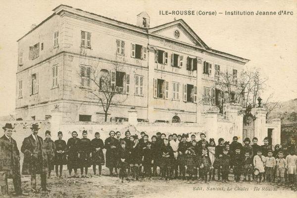 L'Institut des Filles de Marie à L'Île-Rousse.