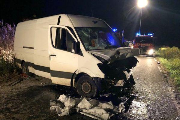 Deux personnes sont mortes à Vauvert dans un accident de la circulation.