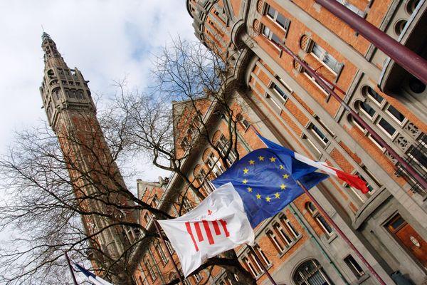 La mairie de Lille a voté une prime défiscalisée pouvant aller jusqu'à 1 000 euros pour ses employés mobilisés durant la crise.