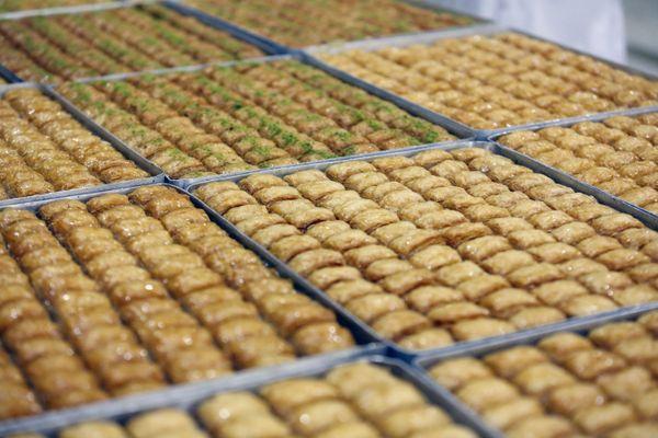 Des baklava, les fameux petits gâteaux au miel