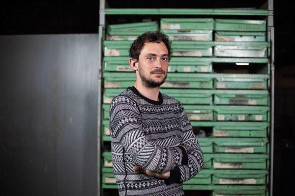 Antoine Nessi est l'artiste choisi pour le projet Extra Résidence-Artiste en entreprise.
