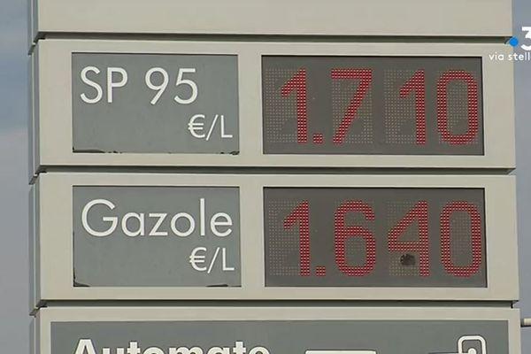 Le prix des carburants en Corse, +13 centimes d'euros sur le sans plomb, +12 centimes d'euros sur le Gazole.