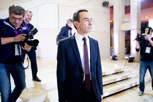Bruno Retailleau arrive au Conseil de Région des Pays de la Loire, le 6 décembre 2015.