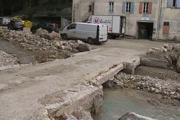 Saint-Étienne-de-Gourgas, dans l'Hérault, a été particulièrement touchée par les inondations de septembre dernier - 20 novembre 2015