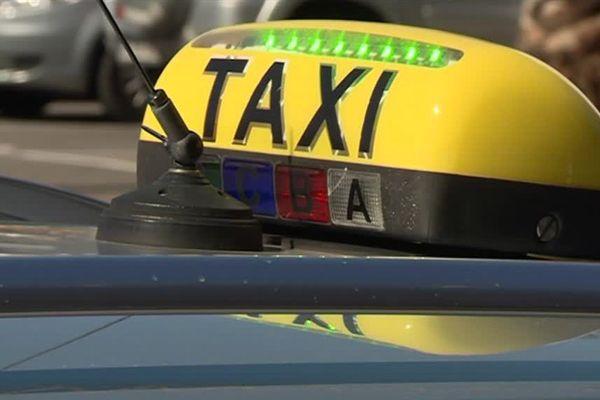 Les chauffeurs de taxi catalans du nord à nouveau mécontents.