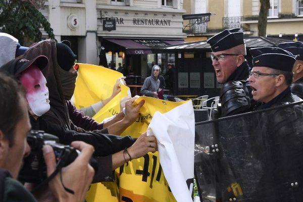 Le 15 septembre 2016, tensions entre manifestants et policiers à Rennes, pendant une manifestation anti loi-travail