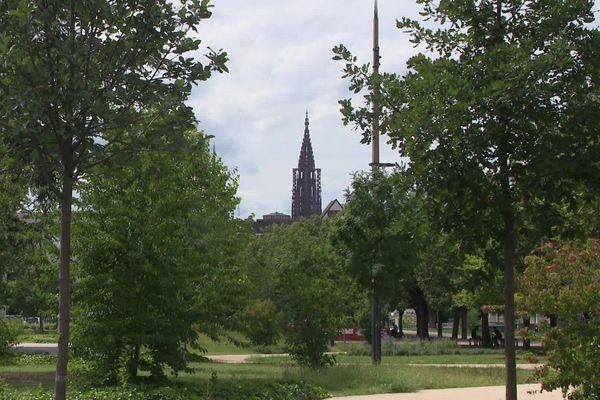 Ville verte, universitaire, jeune et culturelle, Strasbourg (Bas-Rhin) est mal classée sur le podium des meilleures villes étudiantes de France.